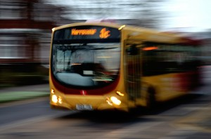 bus-moving-quickly-bus-22114_1280