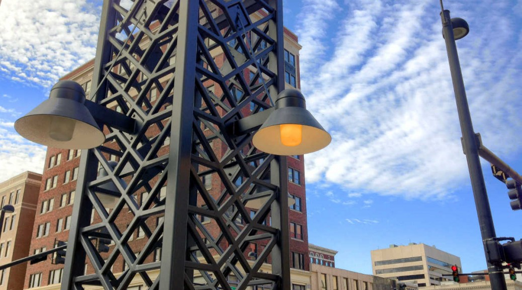 Downtown Wichita street lights 2015-02-13 11.29.19 HDR