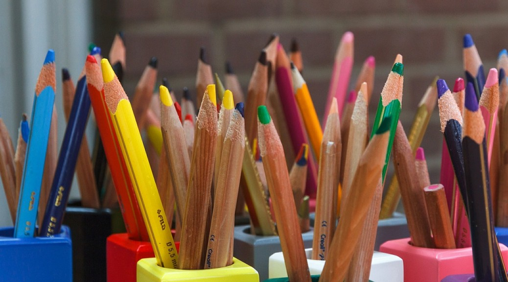 School pencil colored-pencils-388484_1280