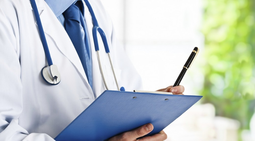 Doctor physician stethoscope doctor-1149150_1280