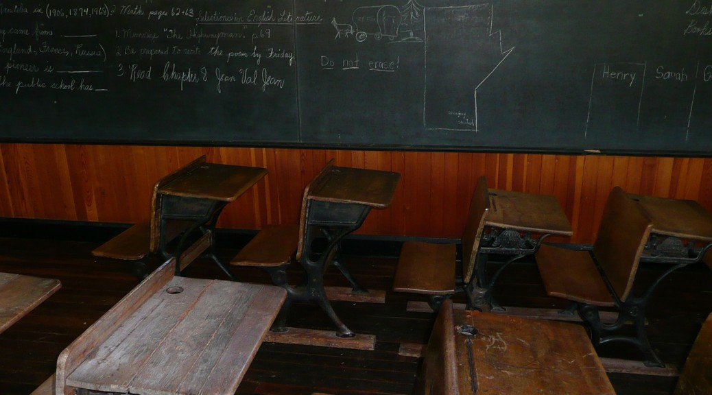 school-blackboard-56661