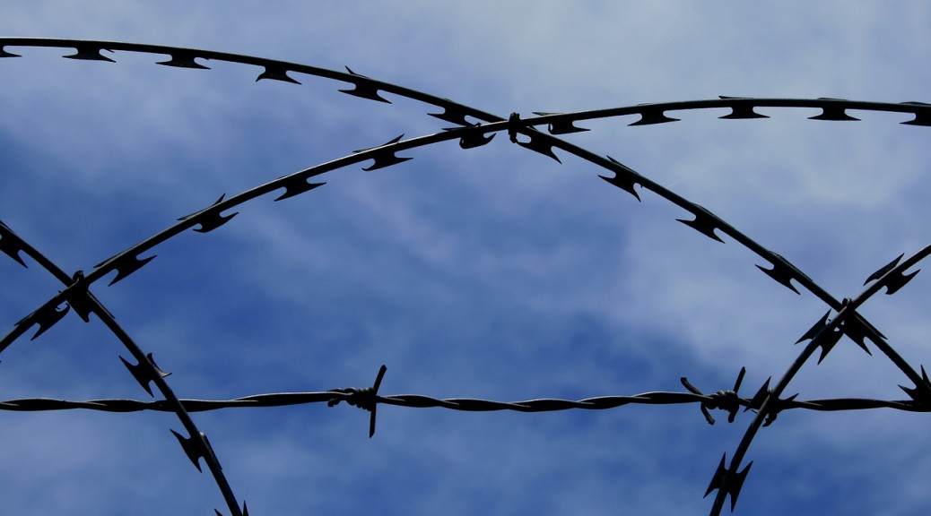 barbed-wire-235760_1280