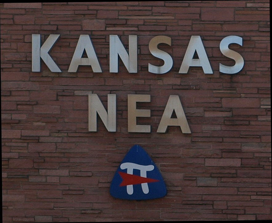 Kansas teachers union opposes bill that empowers teachers